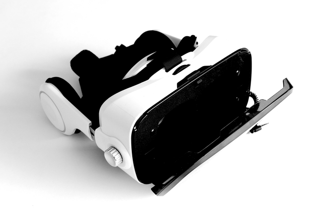 A virtual reality headset by Ekaterina43 (via Shutterstock).